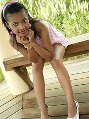 Beautiful Thai girl Tussinee shows off her petite body